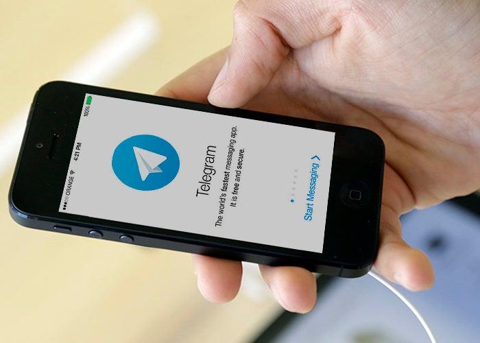 iphone con la aplicación Telegram